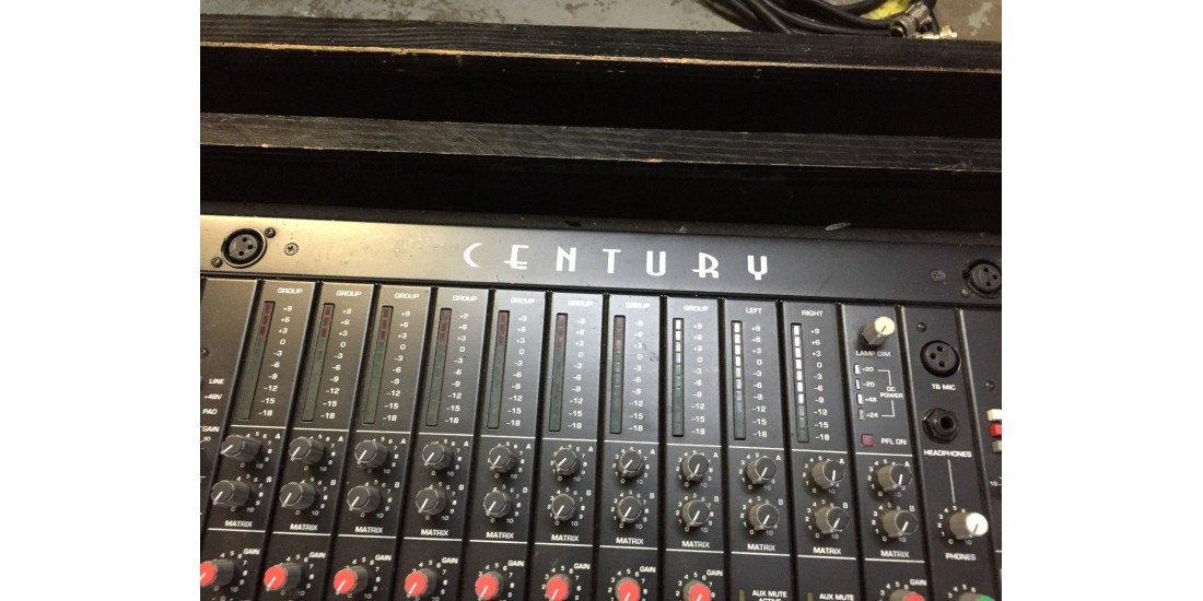 Used - Crest Audio Front House Mixing Console 40 Channel 8 bus with Road Case