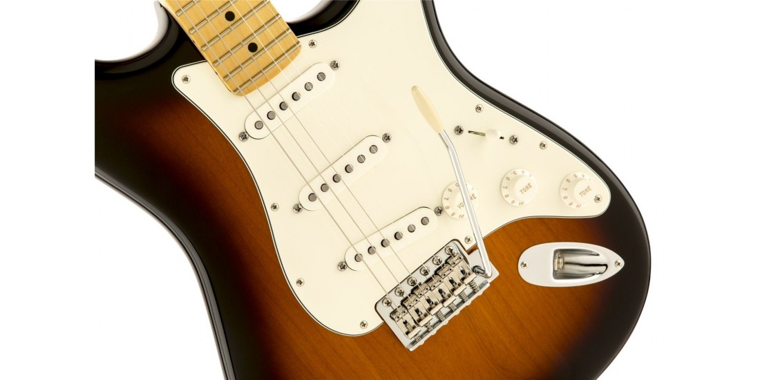 Fender American Special Stratocaster Electric Guitar Maple Fretboard 2 Tone Sunburst with Gigbag