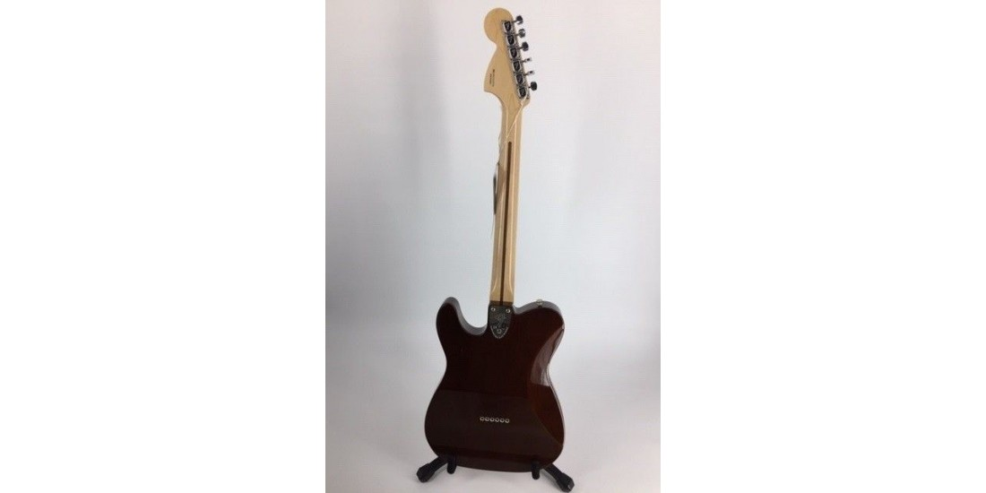 Open Box - Fender Classic Series 72 Telecaster Deluxe with Gig Bag Walnut