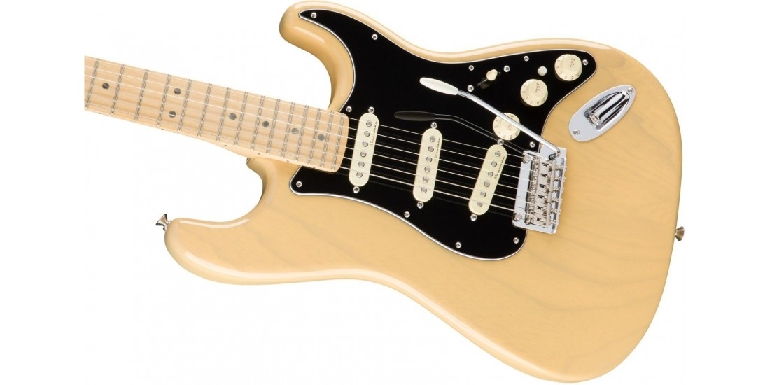 Open Box - Fender Deluxe Stratocaster Ash Body Vintage Blonde