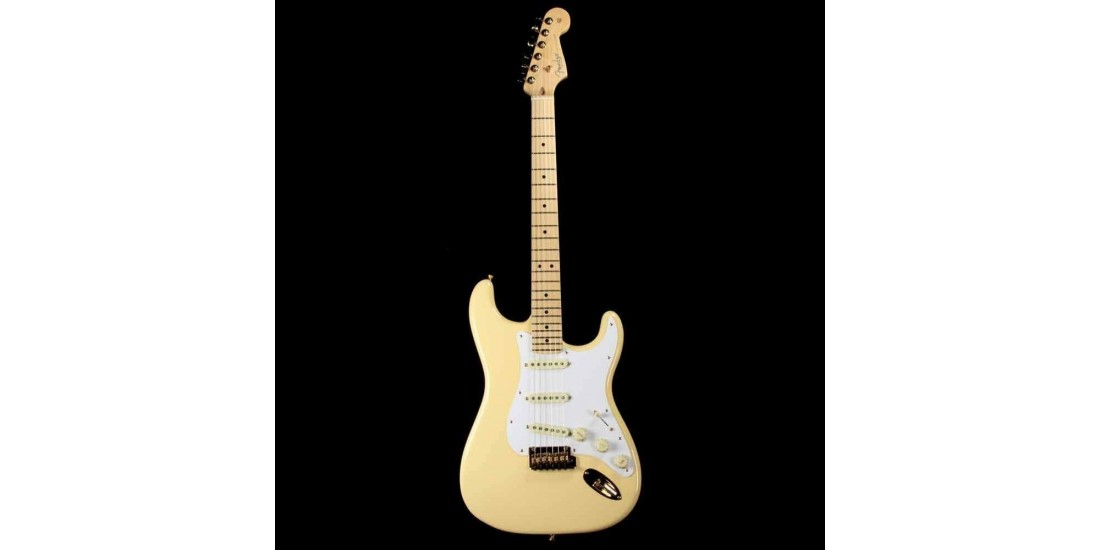 Fender Limited Edition American Pro Stratocaster Vintage White