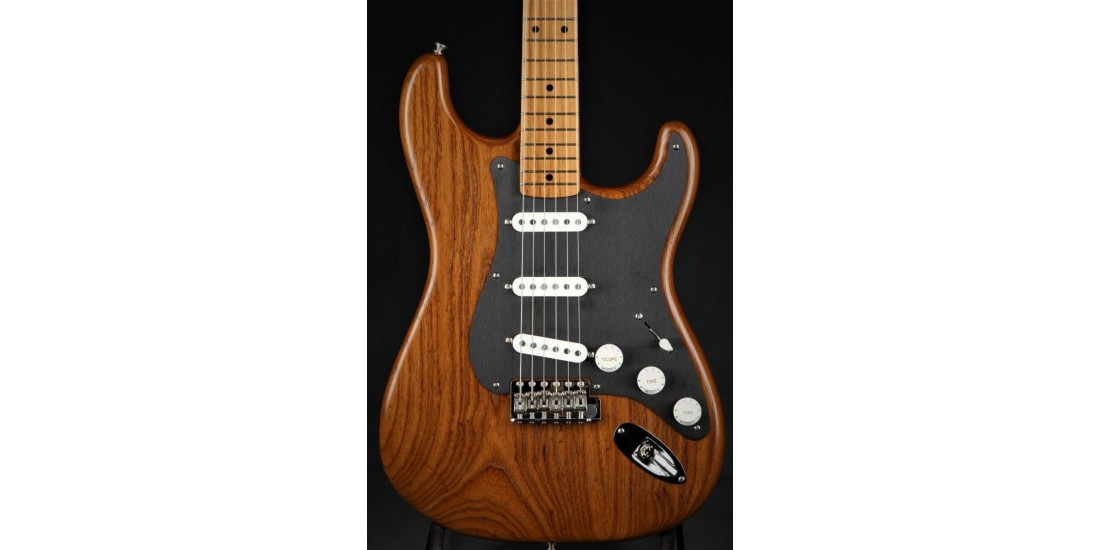 Fender Limited Edition American Vintage 56 Stratocaster Roasted Ash Natural