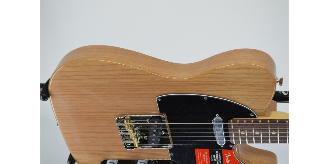 Fender American Professional Telecaster Natural Ash SN# US19094228