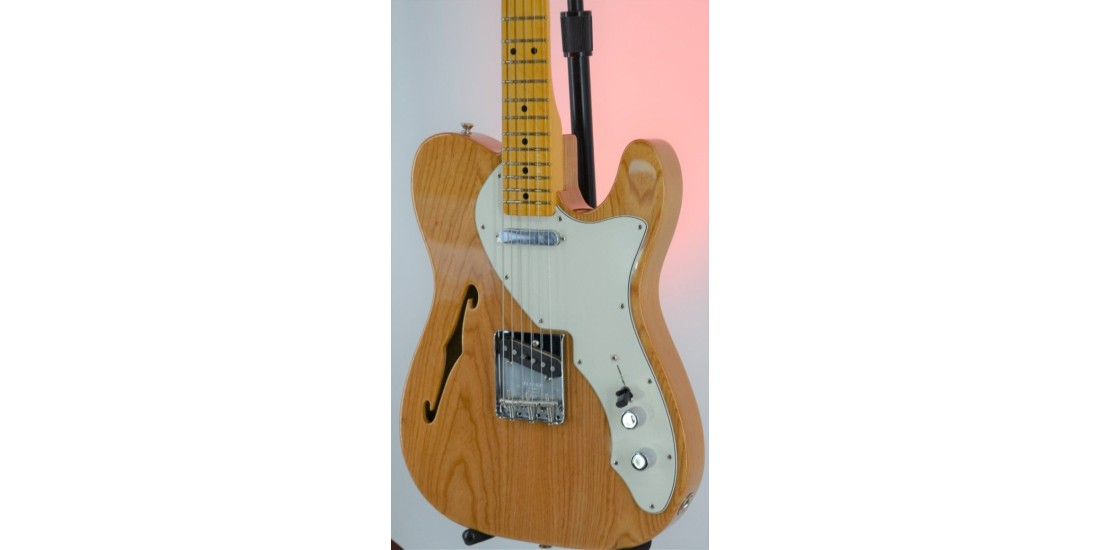 Fender American Original 60s Telecaster Thinline Maple Fingerboard Aged Natural Ash Serial #V2087026 7.15lbs