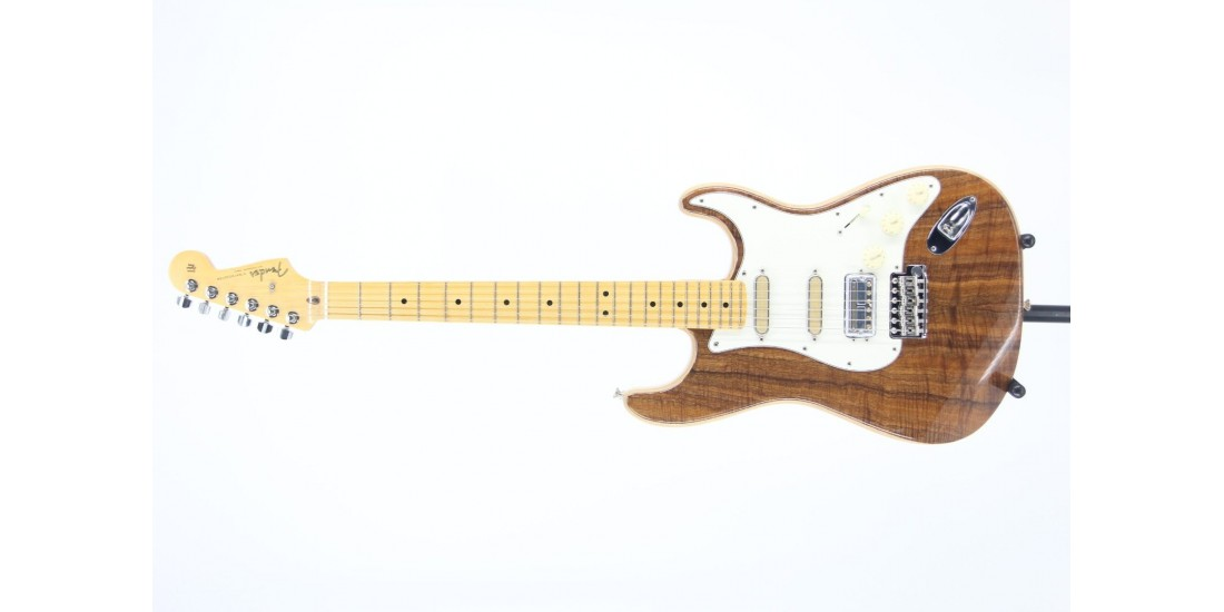 Fender Rarities Flame Koa Top Stratocaster Serial# LE08182 8.05lbs