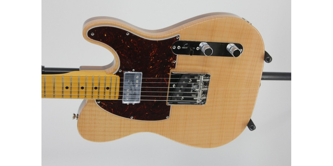 Fender Rarities Chambered Telecaster Flame Maple Top Serial #US19021813 6.75lbs