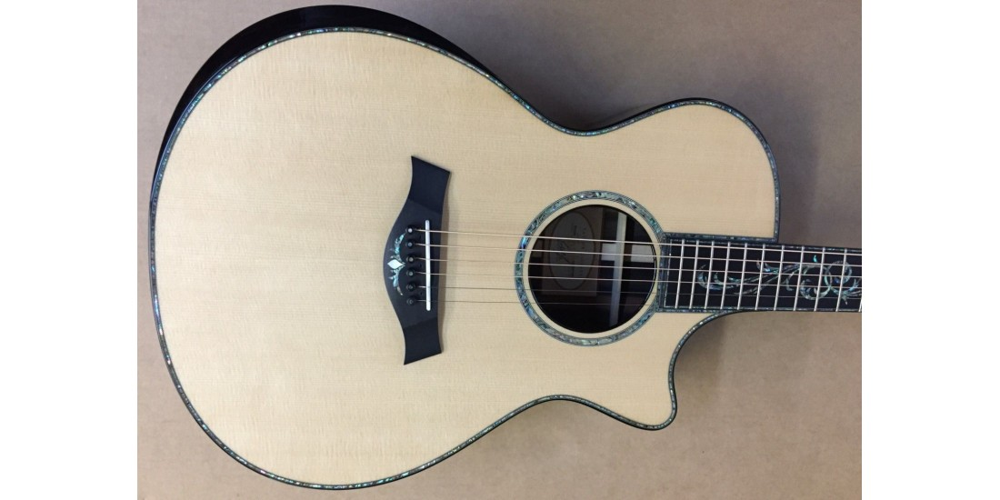 Taylor PS12ce Presentation Grand Concert Acoustic Electric Sitka Spruce