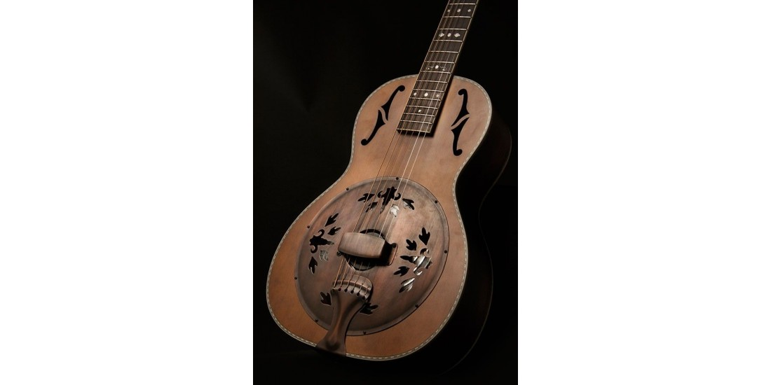 Washburn R360K Revival Series Parlor Resonator with Pre-War Detailing