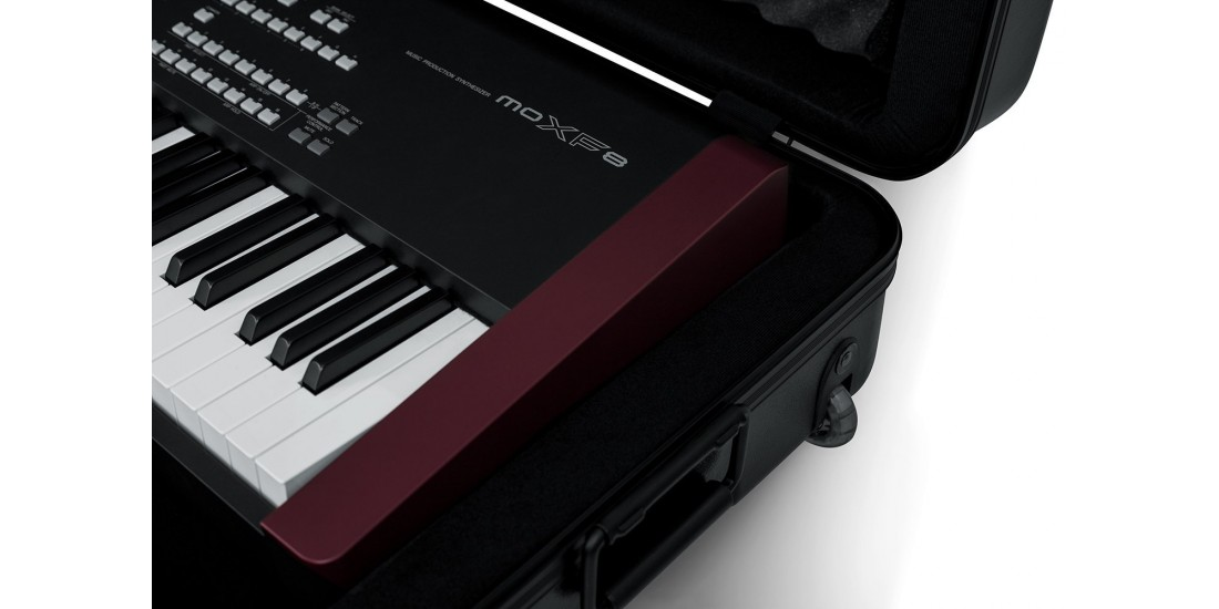 TSA ATA Deep 88-note Keyboard Case w/ Wheels