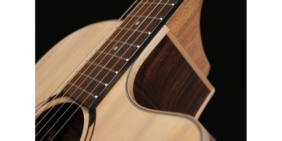 Washburn WLO20SCE Woodline Orchestra Solid Spruce Top Cutaway Acoustic Electric Guitar Natural