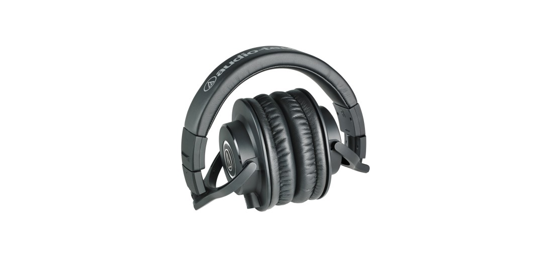 Audio Technica ATH-M40X Professional Closed Back Studio Headphones