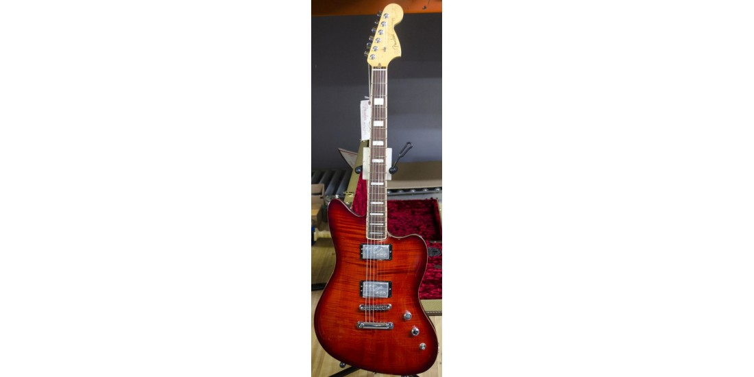 Fender USA Select Jazzmaster Electric Guitar Rosewood Fingerboard Trans Cayane Burst B-Stock (item 2)