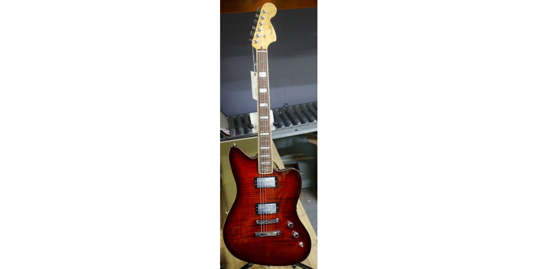 Fender USA Select Jazzmaster Electric Guitar Rosewood Fingerboard Trans Cayane Burst B-Stock (item 3)