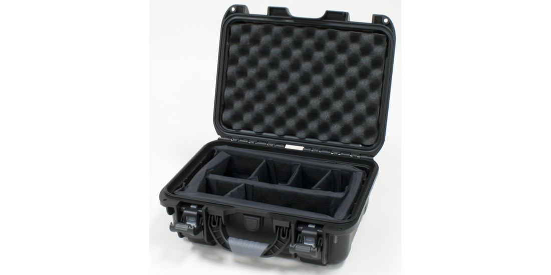 Waterproof case w/divider system - 13.8x9.3x6.2