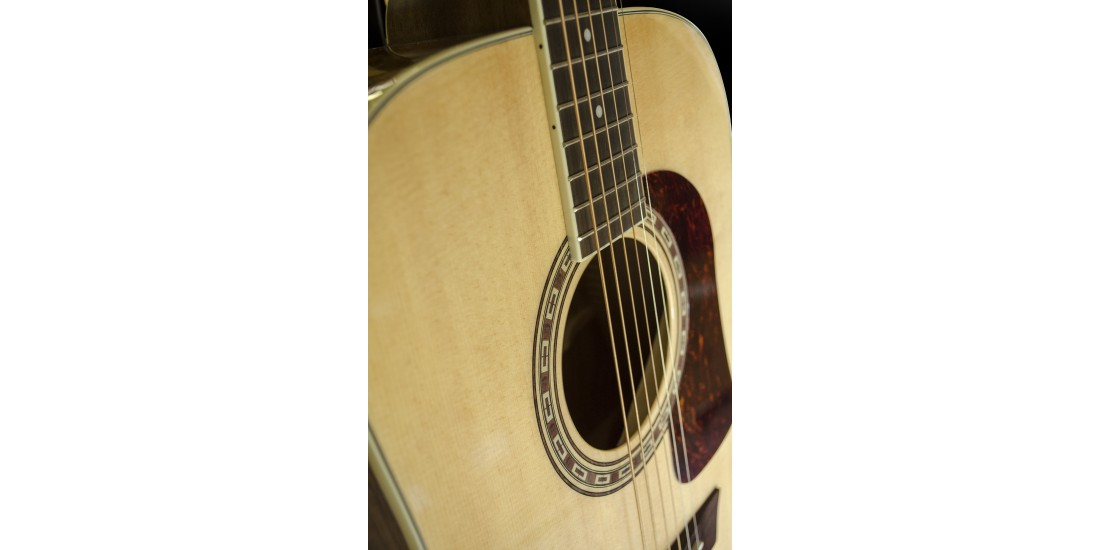 Washburn  HD30S  Heritage  Acoustic  Solid  Spruce  Top  with  Tamo  Ash  Back  and  Side