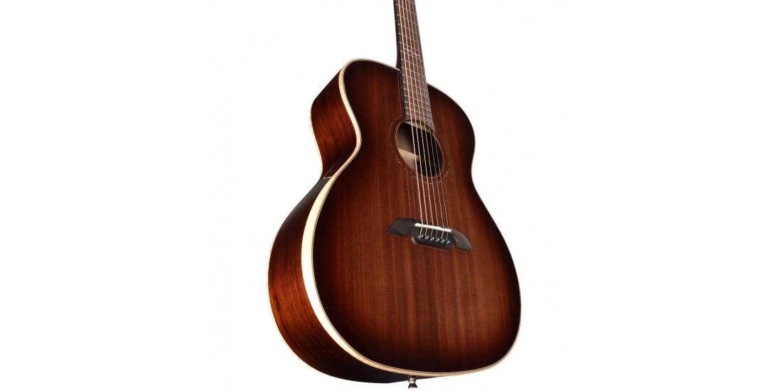 Alvarez AGW77AR Artist Grand Auditorium With Super Slim Bevel Edge