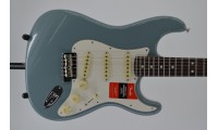 Fender American Professional Stratocaster Electric..