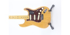 Fender American Ultra Stratocaster Maple FB Aged Natural Serial# US19071342