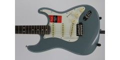 Fender American Professional Stratocaster Electric Guitar Rosewood Fingerbo