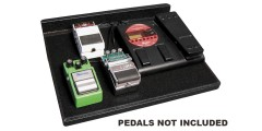 Gator GPT Pedal Board with Gig Bag 18 inch x 12 Inch & 8 Port Power