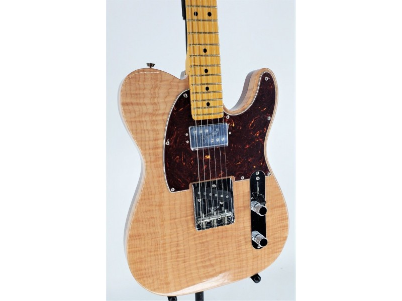 Fender Rarities Chambered Telecaster Flame Maple Top Ser#US19027663
