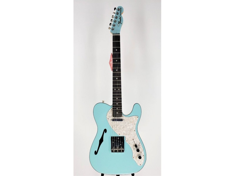 Fender Limited Edition Two-Tone Thinline Telecaster Daphne Blue Ser#US19099871