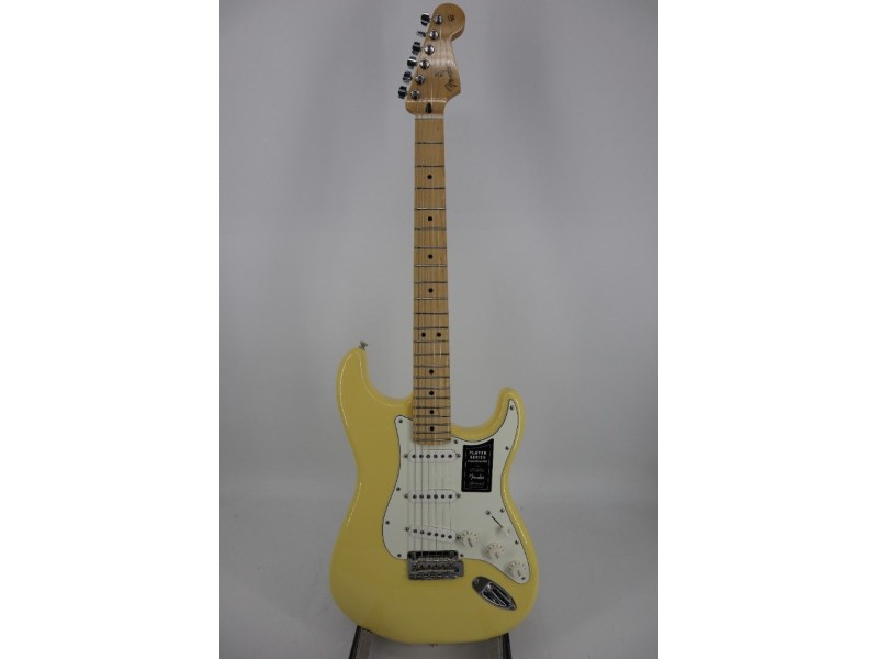 Fender Player Series Stratocaster Electric Guitar Buttercream