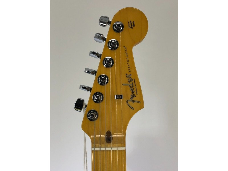 Fender American Professional II Stratocaster Electric Guitar Maple Fingerboard Roasted Pine Serial # US210022945