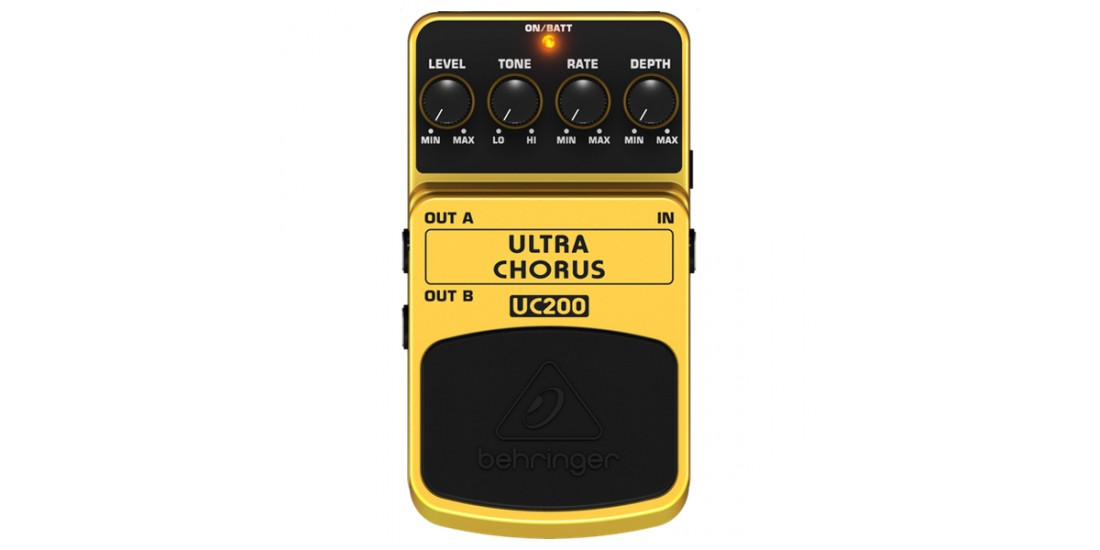 Behringer UC200 Ultimate Stereo Chorus Effects Pedal